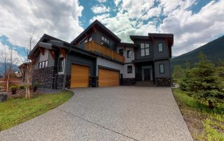 Everest Home Canmore