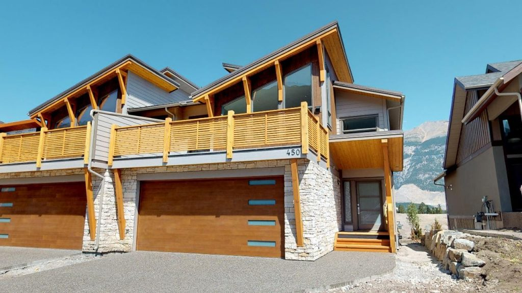 Vacation property in Canmore Alberta
